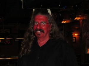 Brad looking devilishly good